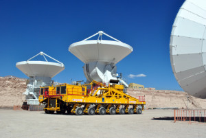 ALMA_antenna on transporter
